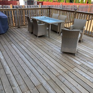 Stain a deck 16x20'
